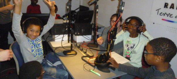 Atelier radio à la MJC de Limours © DR